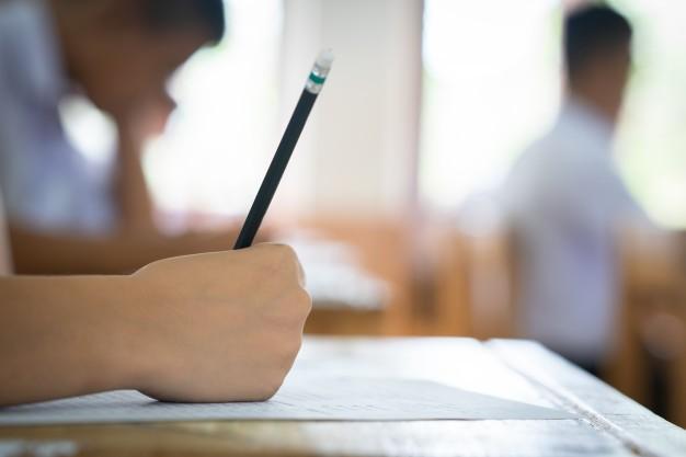 student-examination_36722-178